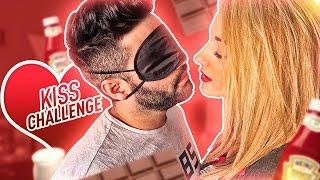 KISS CHALLENGE con MI NOVIO 💋 | FatiVázquez