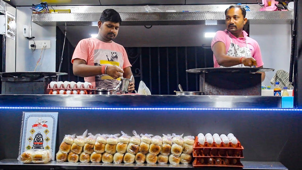 Mouthwatering egg recipe prepared by street food vendor indian mouthwatering egg recipe prepared by street food vendor indian street food forumfinder Choice Image