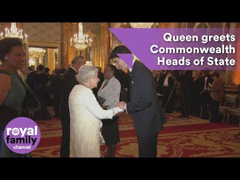 Queen greets Commonwealth Heads of State