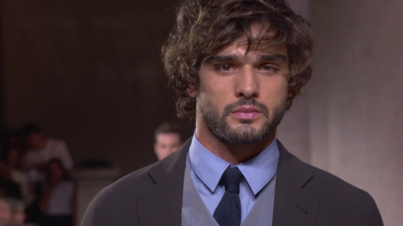 GIorgio Armani Men's SS20 fashion show