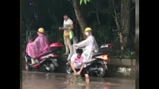 Thumbs up for Everyday Heroes | CCTV English