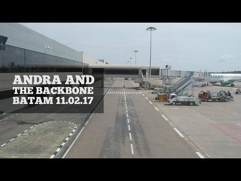ANDRA AND THE BACKBONE - BATAM 11.02.17 (SHOW DIARIES #1) HD