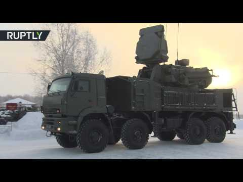 S-400 missile defense regiment take up combat duty near Moscow