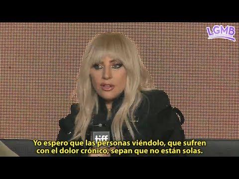 """Conferencia de Lady Gaga y Chris Moukarbel antes de la premiere de """"Gaga: Five Foot Two""""."""