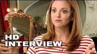"The Smurfs 2: Jayma Mays ""Grace"" Interview"