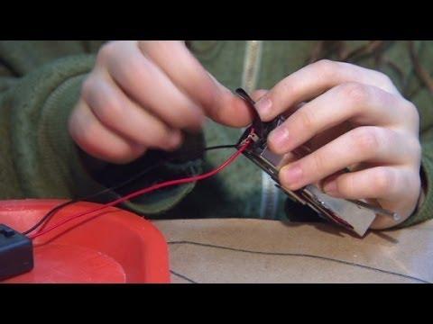 Teaching kids to build robots