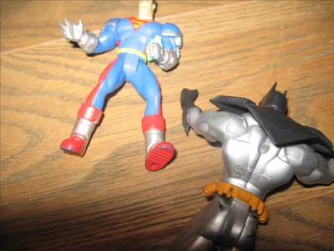 batman and superman vs predator toys