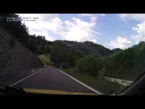 Italy. State road SS685 delle Tre Valli Umbre, 60-0 km. 2014-06, 1x