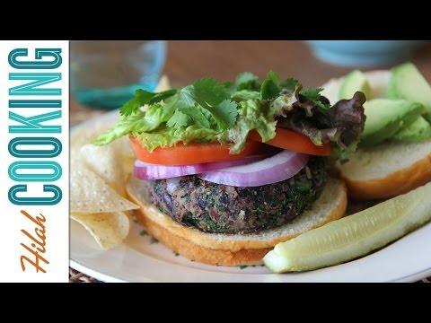How to Make Black Bean Quinoa Burgers |  Hilah Cooking