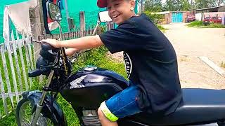 Acelerando moto