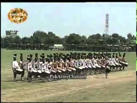 6th September -Fauji Mela- 2006 - Pakistan Army - Part 20 (Military Band Display-2).flv