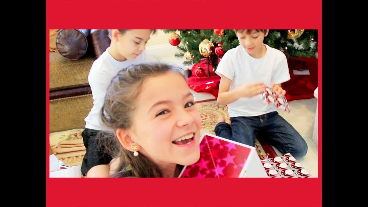 THE KITTIESMAMA 2013 CHRISTMAS SPECIAL! - YouTube