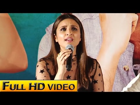 Parineeti Sings 'Piya Tose Naina Lage'! | VIDEO