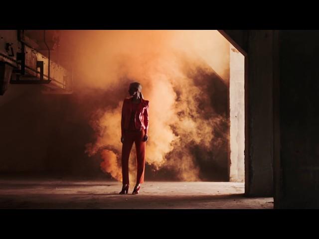 Giorgio Armani - 2017 Fall Winter Collection - Orange Vibrations