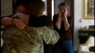 US Soldier Surprise His Wife And Family For Christmas