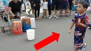 Video Aksi Drummer jalanan Jakarta download MP3, 3GP, MP4, WEBM, AVI, FLV Juni 2018