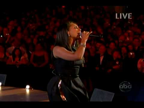 Alicia Keys- No One (Live Inauguration Neighborhood Ball)