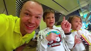Дети переселились в отель где снимали Мальчишник в Вегасе
