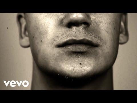 Nikke Ankara - Värifilmi (Lyric Video) ft. Aki Tykki