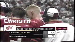 Scott Frost Destroys Defender With Crushing Block