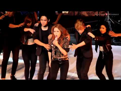 Khi xua ta be (Bang Bang) - My Tam ( Gui tinh yeu cua em - Live in HaNoi / 26102013 )