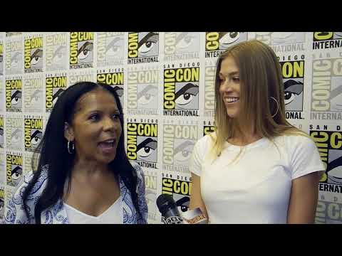 The Orville's Adrianne Palicki and Penny Johnson Jerald On What They'd Like To See On Season 2