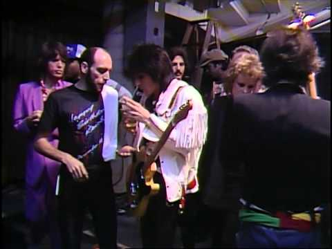 01) The Rolling Stones - Intro / Under My Thumb (The Vault Hampton Coliseum Live In 1981) HD