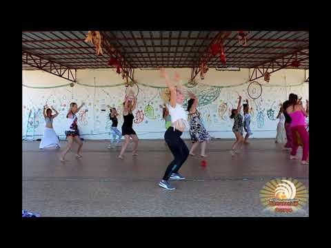 Африканские танцы для женщин. Анна Фишер на фестивале Волшебный Остров, Крым 15-24 июня 2018