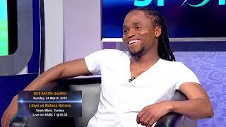 Thomas Mlambo chats to the former South African football Simphiwe Tshabalala