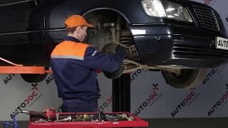 Hoe een stabilisatorstang vooraan vervangen op een Mercedes-Benz S W140 HANDLEIDING | AUTODOC