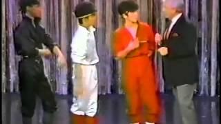 1984/9/14に米国WENW-TVの人気番組[MERV GRIFFIN SHOW]に出演したデビュ...