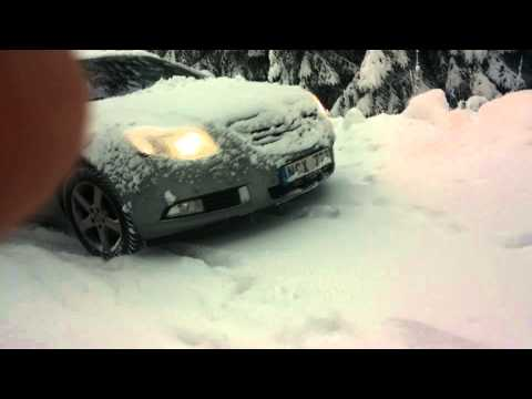 Opel Insignia 4x4 On 1,5dm Fresh Snow Over Ice