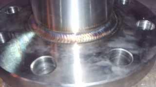 видео TIG - дуговая сварка в среде защитных газов неплавящимся электродом
