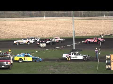 IMCA Stock Car Heat 2 Benton County Speedway 4/17/16