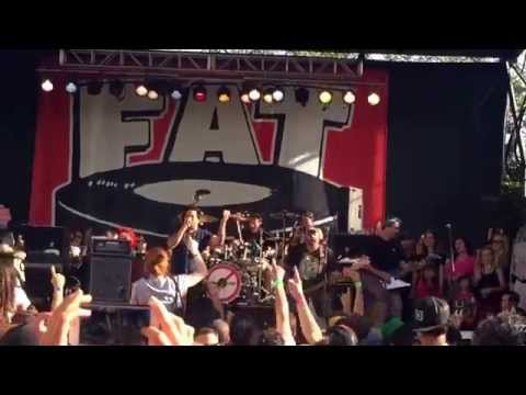 El Hefe ( NOFX ) sings International You Day by No Use For A Name FAT Wreck Chords 25th in San Fran