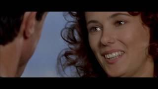 Сара срывается в пропасть. Скалолаз (1993).