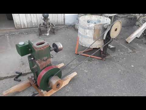 Lister CS 5/1 Engine Generator from YouTube · Duration:  4 minutes 46 seconds