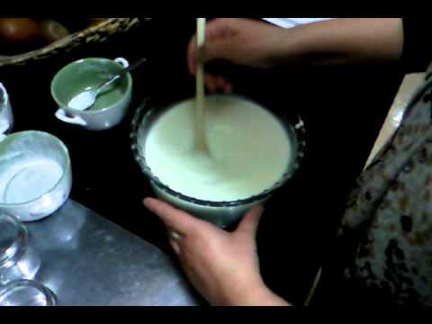 Yogur griego casero youtube - Como hacer mousse de yogurt ...
