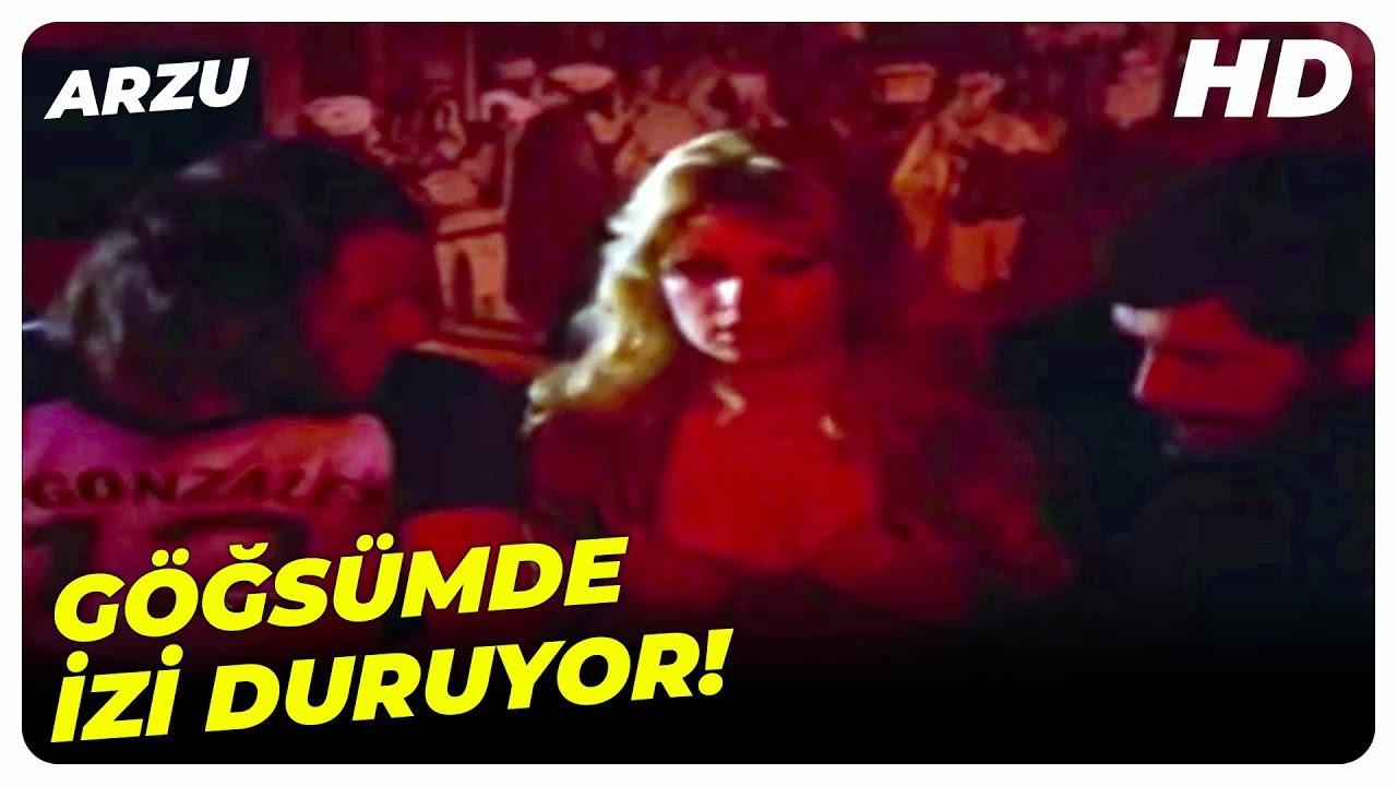 Arzu Türk Filmi - Halil'in, Aylin'in Göğsünde Bıraktığı İzler! | Arzu Okay Eski Türk Filmi