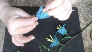 Колокольчики из бисера. Мастер - класс. Бисероплетение.(Цветочки изготавливаются игольчатой, петельной и французской техникой плетения. Для работы необходимо:..., 2015-03-27T10:11:51.000Z)