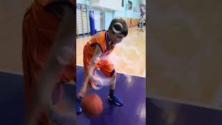 Артем и дриблинг. Уроки баскетбола