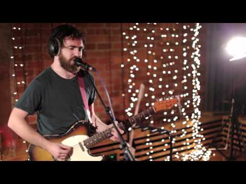 In Session: Liam Finn - Jump Your Bones