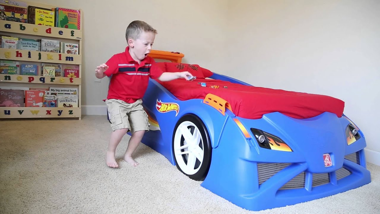step2 hot wheels toddler to twin race car bed - youtube
