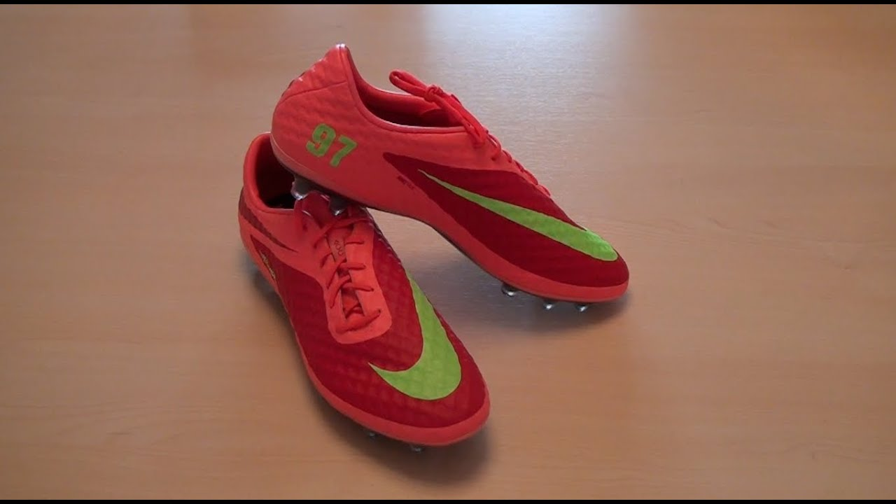 check out d06da 43d14 Hypervenom NIKEiD Unboxing - YouTube