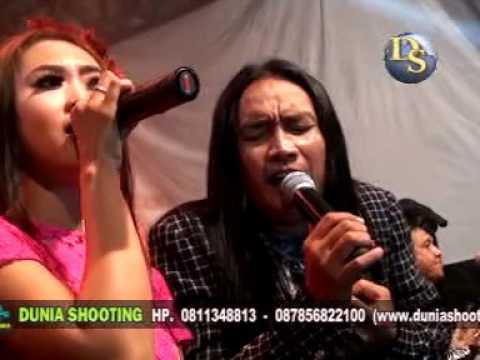 OM. NEW SAMSAM * Isyarat Cinta - Ayu & Agung *(Trompo Asri - Jabon - Pasuruan, 200117)