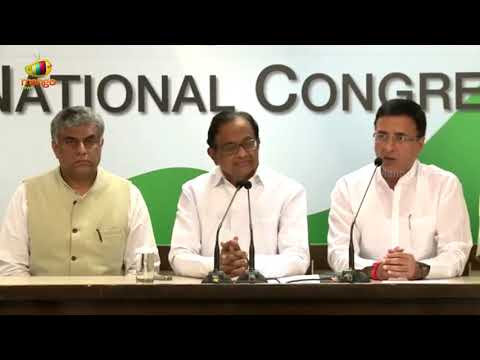 Congress Leader Randeep Surjewala Over Supreme Court Verdict on Right To Privacy | Mango News