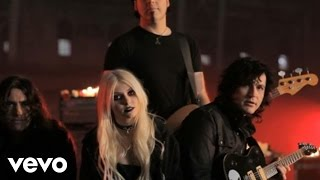 Video The Pretty Reckless - Just Tonight (The Making Of) download MP3, 3GP, MP4, WEBM, AVI, FLV Oktober 2018
