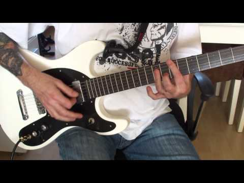 How To Play 'Blitzkrieg Bop' (RAMONES) On Guitar