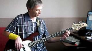 Поющие гитары - Вечерний город (bass cover)