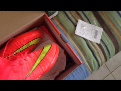 UNBOXING NEWS NIKE ELASTICO SUPERFLY IC !!! the new of nike cr7